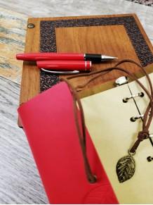 Kişiye Özel Ahşap Kutlu Kırmızı Deri Defter ve Kalem Seti