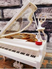 Balerinli Piyano Şeklinde Müzik Kutusu