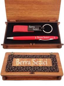 Bayana Kişiye Özel Kırmızı Renk Kalem Ve Deri Anahtarlık