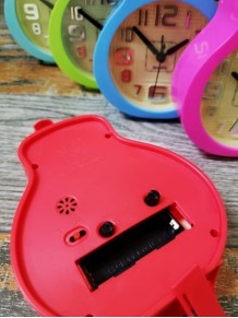 Gitar Şeklinde Alarmlı Masa Saati