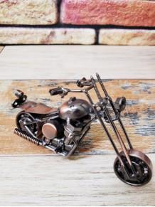 İlginç Dekoratif Bakır Renk Metal Motor