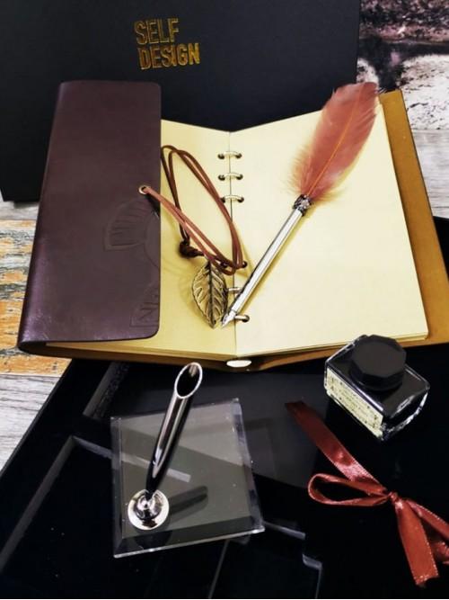 İsme Özel Deri Defter Tüylü Kalem Ve Mürekkep Seti
