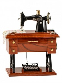 Dikiş Makinesi Tasarımlı Müzik Kutusu