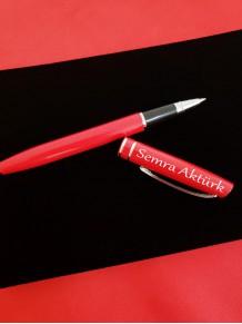 Bayana Kişiye Özel Kırmızı Roller Kalem Ahşap Kutulu